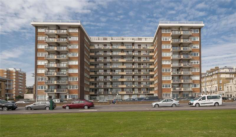 3 Bedrooms Flat for sale in Kingsway Court, Queens Gardens, Hove, East Sussex, BN3