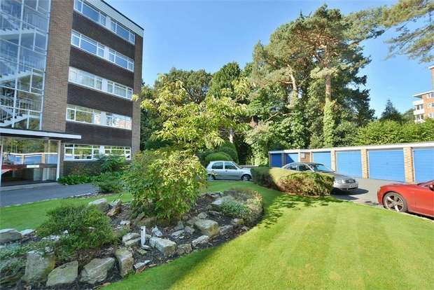 2 Bedrooms Flat for sale in The Avenue, Poole, Dorset