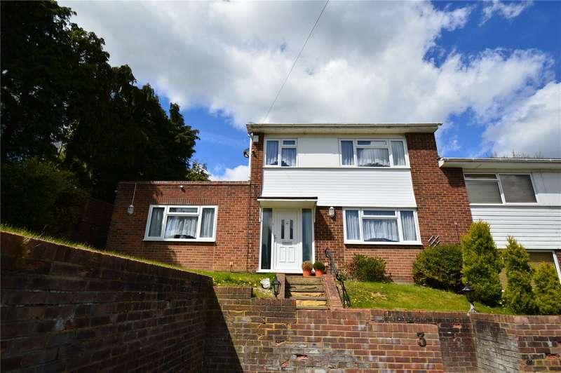 3 Bedrooms Semi Detached House for sale in Margaret Way, Coulsdon, Surrey