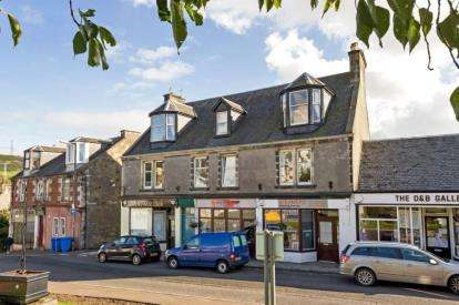 3 Bedrooms Flat for sale in Ritchie Street, West Kilbride