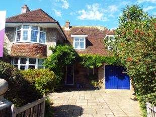 4 Bedrooms Detached House for sale in Thorndene Avenue, Bognor Regis, West Sussex