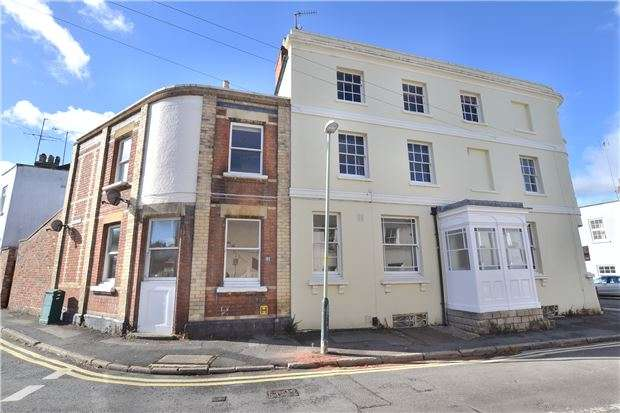 3 Bedrooms Flat for sale in 23 Sandford Street, CHELTENHAM, Gloucestershire, GL53 7JW