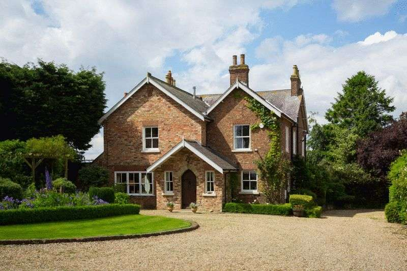 6 Bedrooms Detached House for sale in Halfway House, Daffy Lane, Crayke, York YO61 4TJ