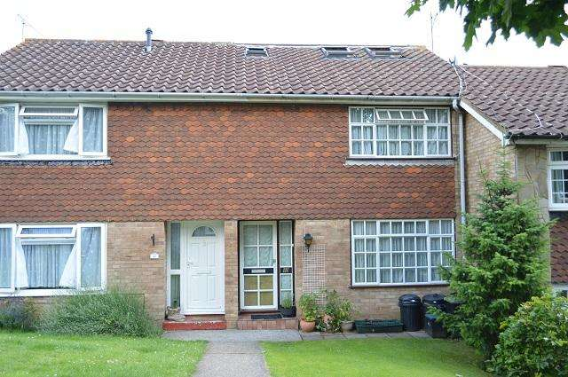 4 Bedrooms Terraced House for sale in Ryarsh Crescent, Orpington, Kent, BR6 9SQ