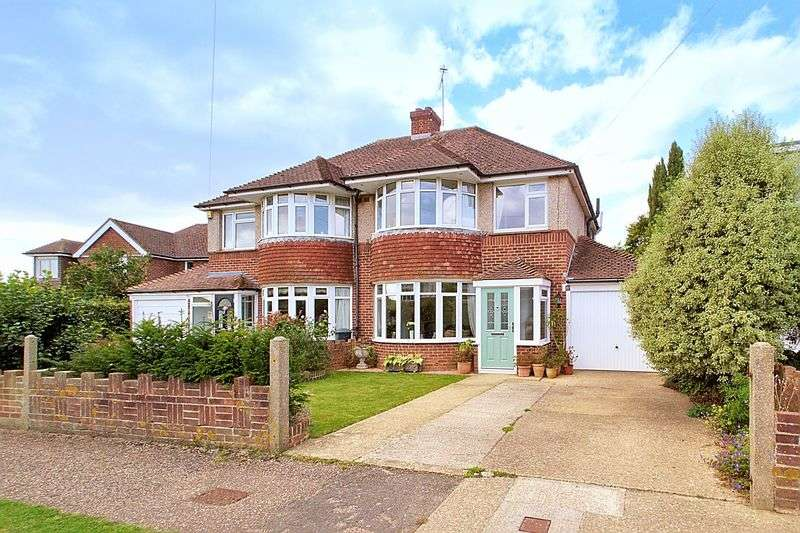 3 Bedrooms Semi Detached House for sale in Stockbridge Gardens, Chichester PO19