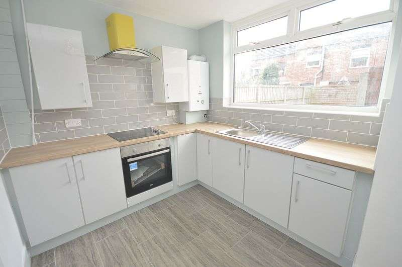 3 Bedrooms Terraced House for sale in Cooper Street, Widnes