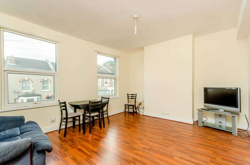 3 Bedrooms Flat for sale in Grange Park Road, Thornton Heath, CR7