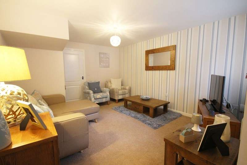 3 Bedrooms House for sale in Academy Way, Horwich, Bolton, Lancashire.