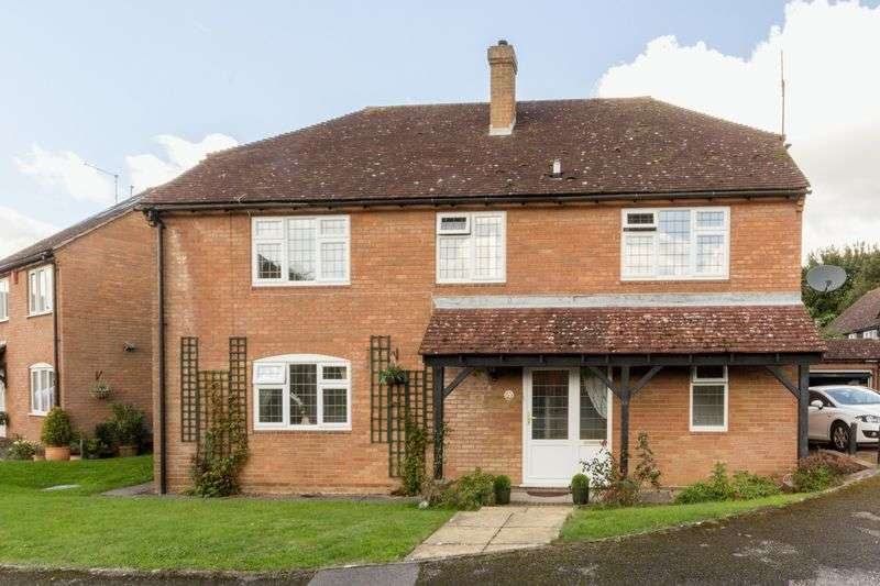 4 Bedrooms Detached House for sale in Riverside Close, Bridge, Canterbury