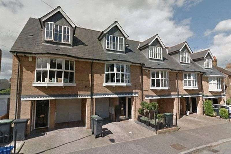 3 Bedrooms House for sale in Turpins Lane, Woodford Green