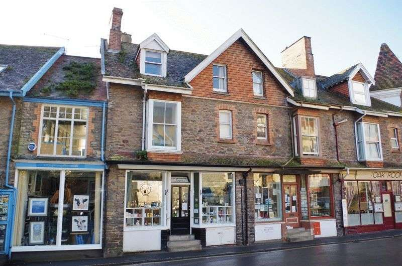 5 Bedrooms Flat for sale in Home with income, or investment opportunity, Lynton