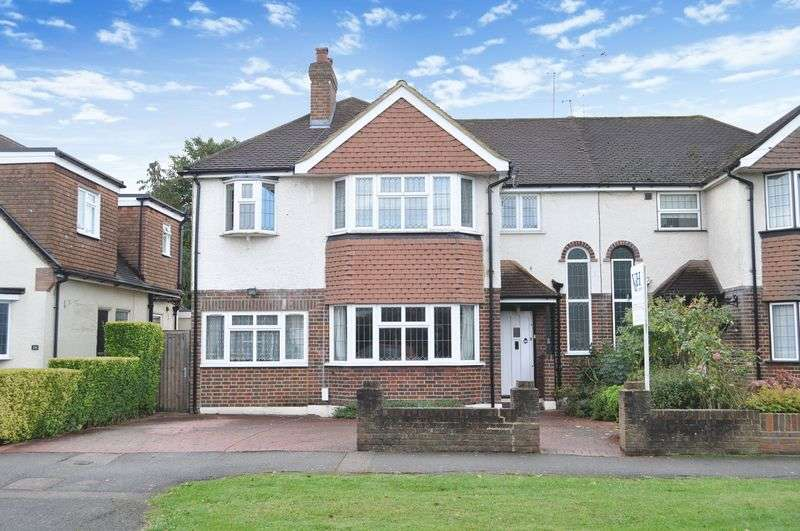 4 Bedrooms Semi Detached House for sale in Overdale, Ashtead