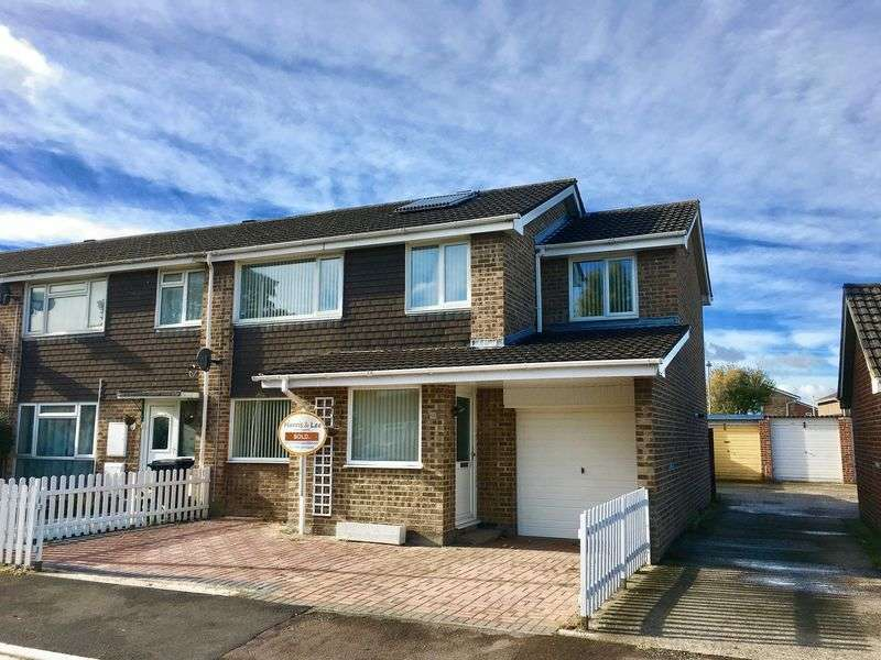 4 Bedrooms Terraced House for sale in Blackberry Drive, Weston-Super-Mare