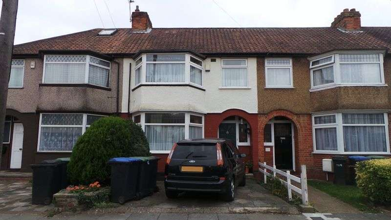 3 Bedrooms Terraced House for sale in Elmcroft Avenue, Edmonton, N9