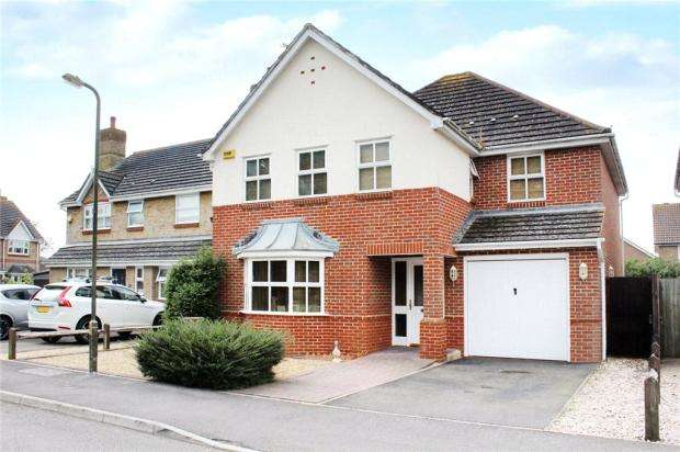 5 Bedrooms Detached House for sale in May Close, Climping, Littlehampton, West Sussex, BN17