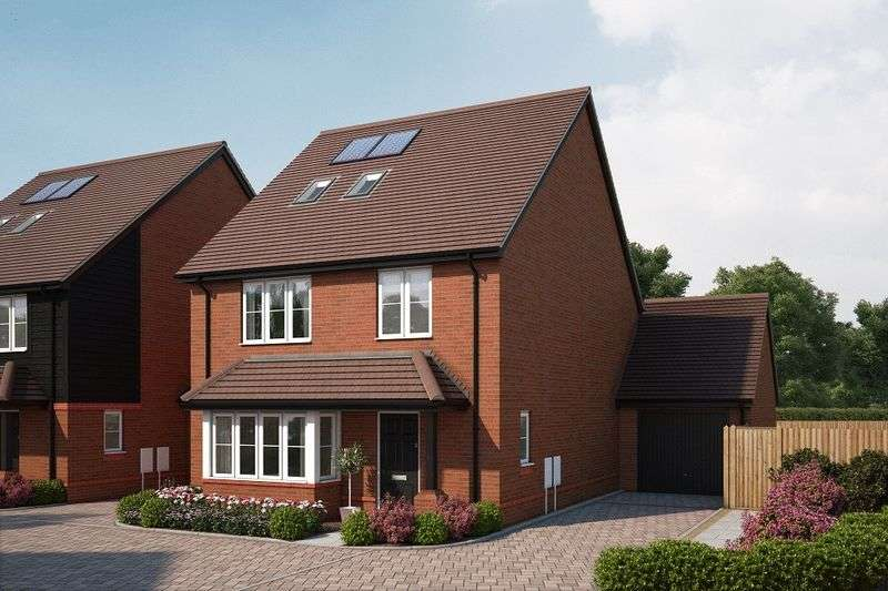 4 Bedrooms Detached House for sale in Bell Lane, Chichester