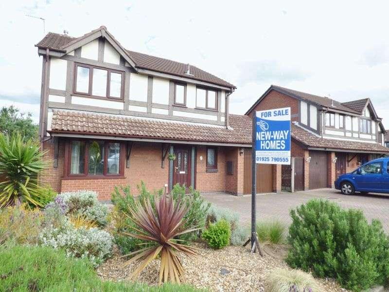 4 Bedrooms Detached House for sale in Freckleton Close, Warrington