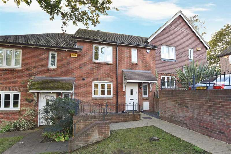 3 Bedrooms Terraced House for sale in WYNSDALE CHASE, WARSASH