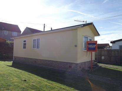 1 Bedroom Detached House for sale in Higher Enys Road, Camborne, Cornwall