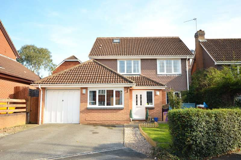 5 Bedrooms Detached House for sale in Honeylands, Exeter