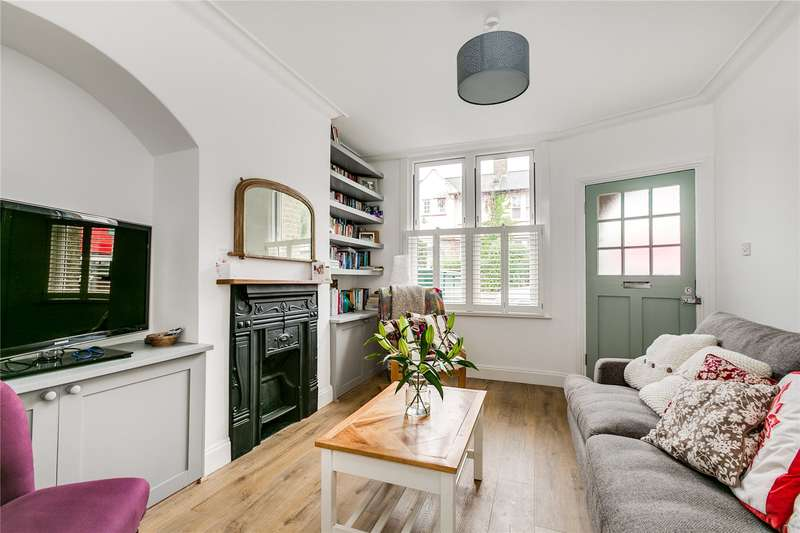 2 Bedrooms Terraced House for sale in Cowick Road, London, SW17