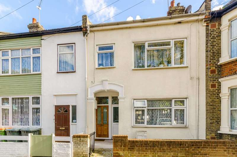 2 Bedrooms Maisonette Flat for sale in North Street, Plaistow, E13