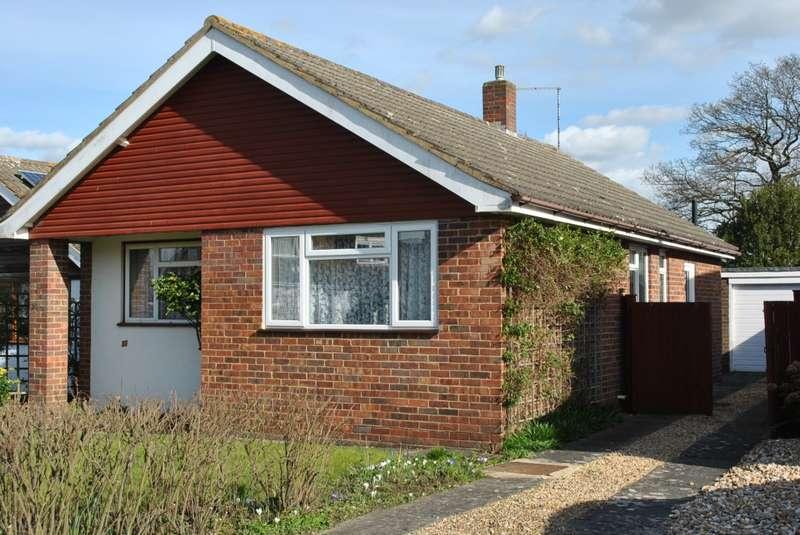 2 Bedrooms Detached House for sale in Hurst Close, STAPLEHURST