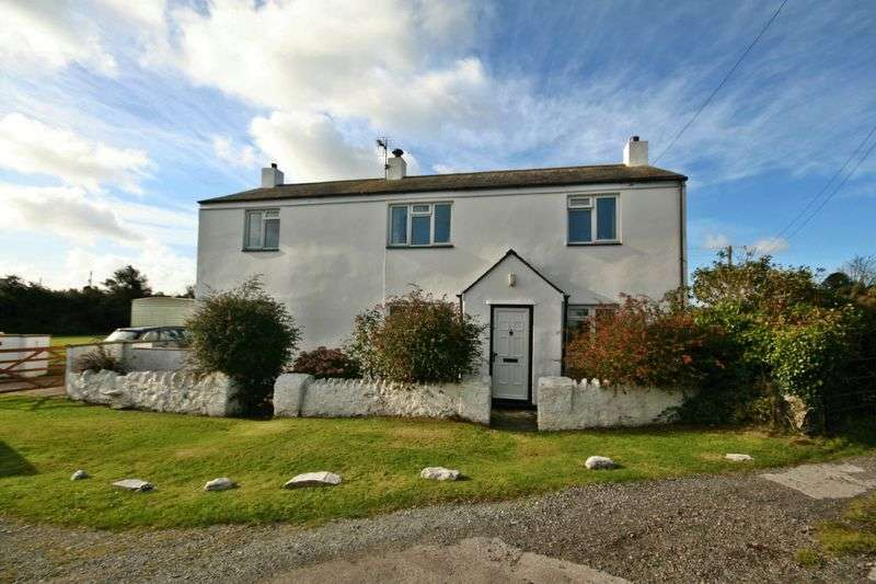 3 Bedrooms Detached House for sale in Llanfair Yn Neubwll, Anglesey