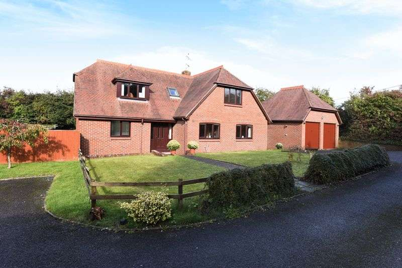 5 Bedrooms Detached House for sale in Nations Hill, Winchester