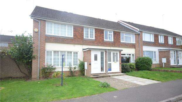 3 Bedrooms End Of Terrace House for sale in Avington Close, Tilehurst, Reading