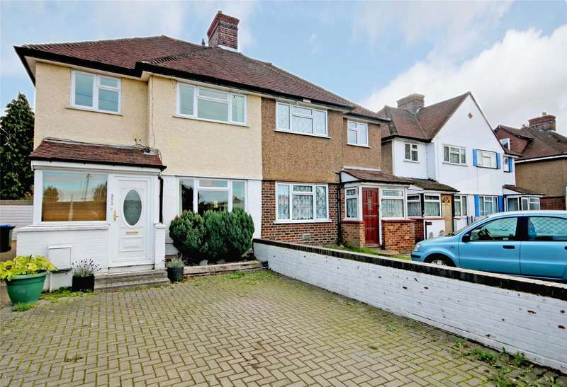 3 Bedrooms Semi Detached House for sale in Molesey Road, Walton-on-Thames, Surrey, KT12
