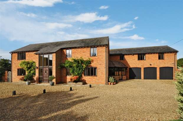 5 Bedrooms Detached House for sale in Floyds Barns, Mill Lane, Wingrave, Buckinghamshire