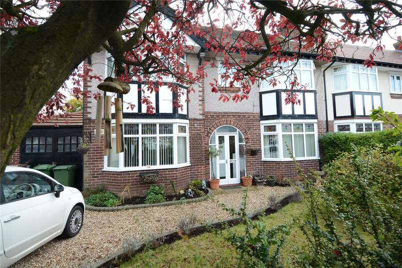 4 Bedrooms Semi Detached House for sale in Larcombe Avenue, Upton, Wirral
