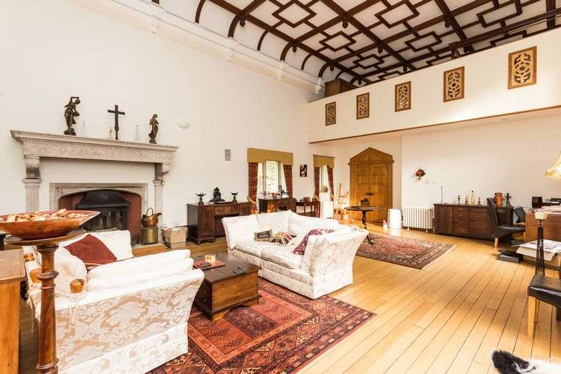 5 Bedrooms House for sale in The Great Hall, Chudleigh, Newton Abbot