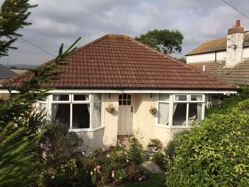 3 Bedrooms Detached Bungalow for sale in Grafton Avenue, Weymouth