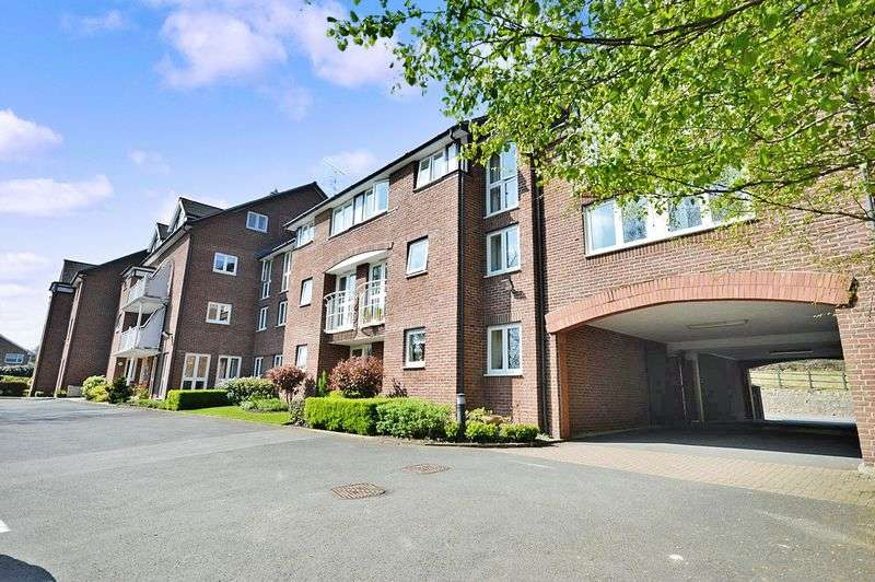 1 Bedroom Retirement Property for sale in Lavington Court, Bridgnorth, WV16 4BY