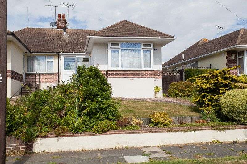 2 Bedrooms Semi Detached Bungalow for sale in Fairway Gardens, Leigh-On-Sea