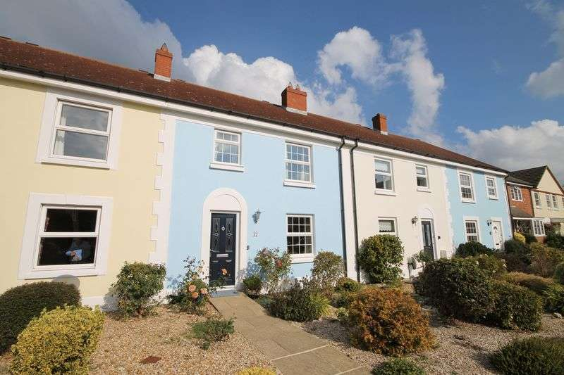 3 Bedrooms Terraced House for sale in Pagham Close, Emsworth