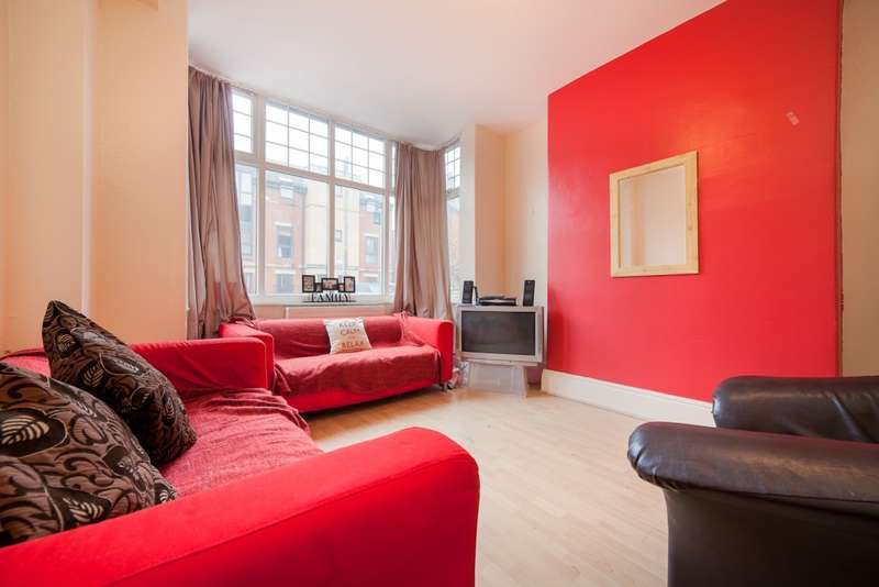 6 Bedrooms Terraced House for rent in Ash Road, Headingley, LS6