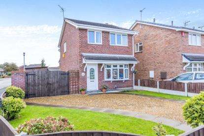 3 Bedrooms Detached House for sale in Rochester Crescent, Crewe, Cheshire
