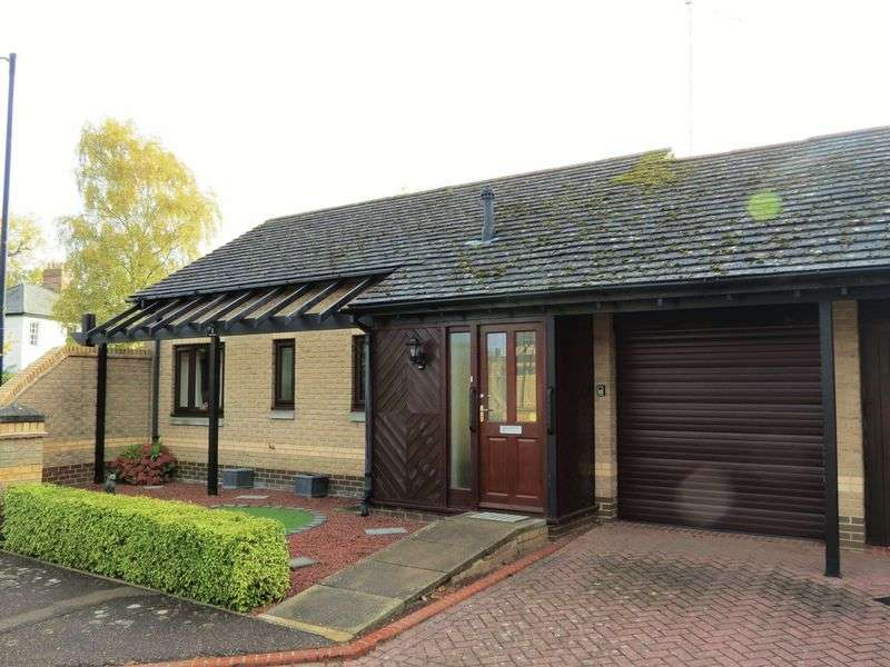 2 Bedrooms Semi Detached Bungalow for sale in Castor