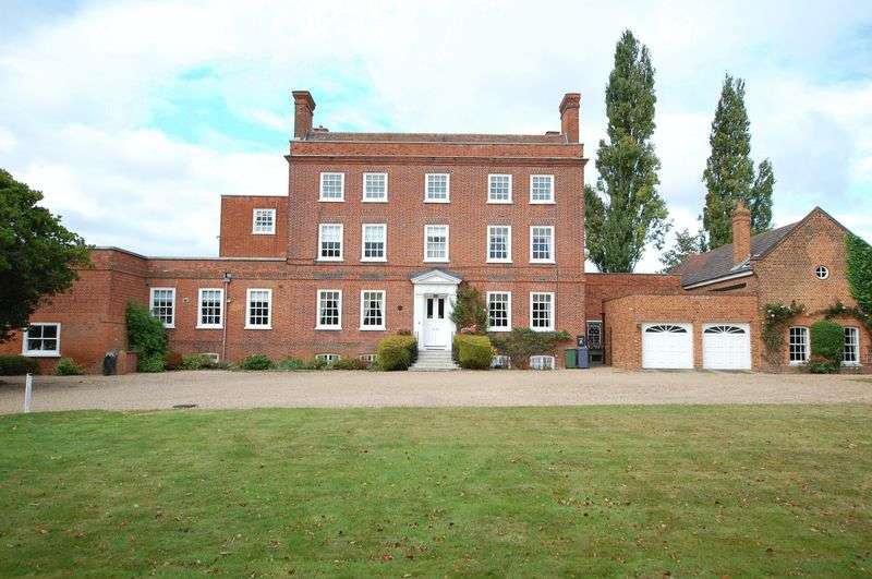 3 Bedrooms Flat for sale in Orsett Village