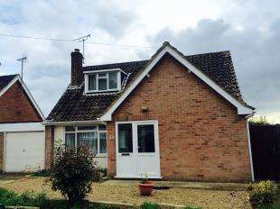 3 Bedrooms Bungalow for sale in Yeoman Gardens, Willesborough, Ashford, Kent