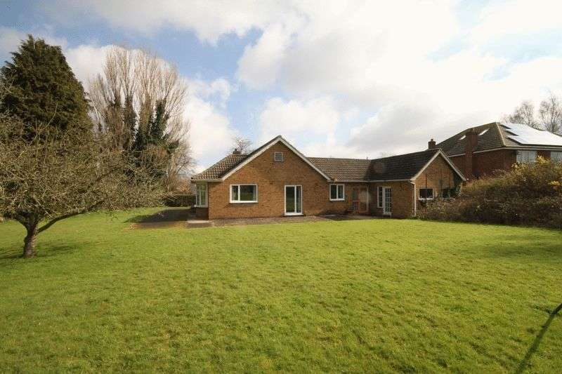 3 Bedrooms Detached Bungalow for sale in RADCLIFFE ROAD, HEALING WITH 2 BUILDING PLOTS