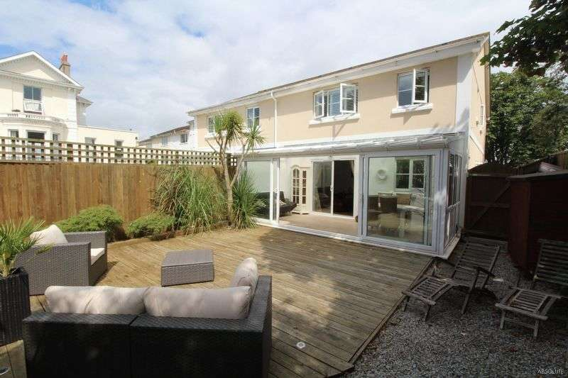 4 Bedrooms Detached House for sale in St Lukes Road North,