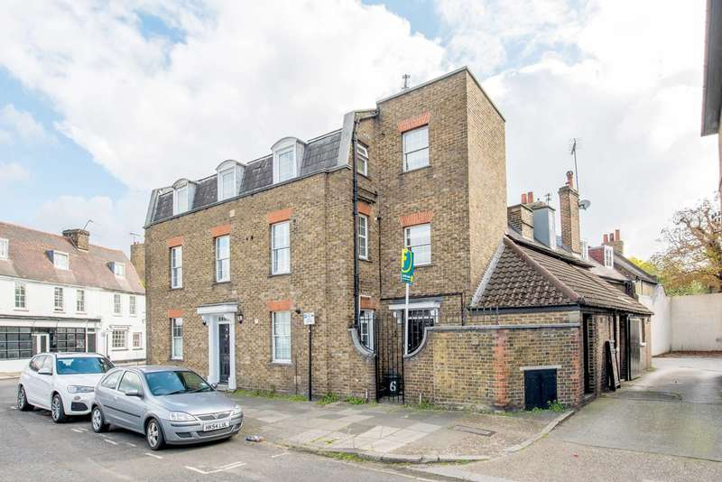 1 Bedroom Flat for sale in Burlington Lane, Grove Park, W4