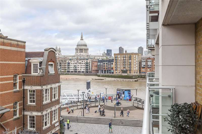 2 Bedrooms Flat for sale in Benbow House, 24 New Globe Walk, London, SE1