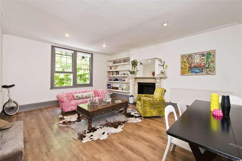 2 Bedrooms Flat for sale in Bassett Road, London, W10