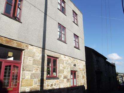 2 Bedrooms Flat for sale in Bread Street, Penzance, Cornwall