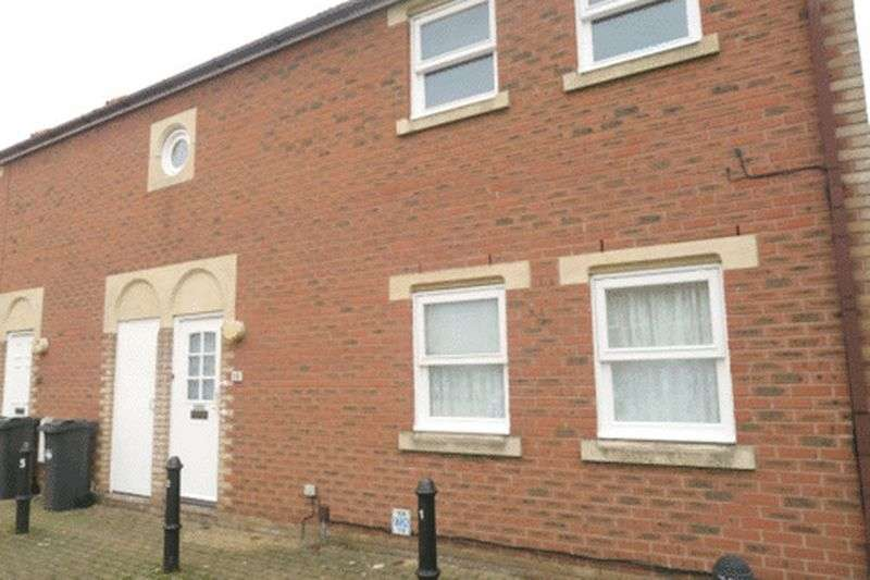1 Bedroom Flat for sale in Routh Court, Bedfont